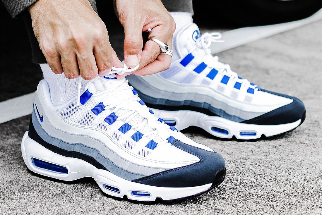 Nike Air Max 95 Grey Blue Right