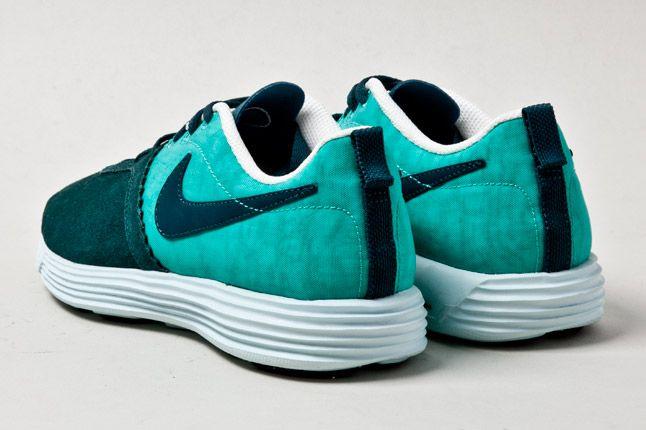 Nike Lunarmtrl Teal Heel 1