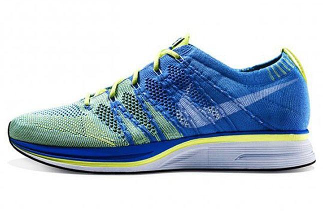Nike Flyknit Trainer 2 11