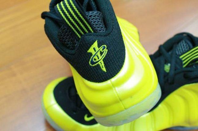 Nike Foamposite Electrolime 05 1