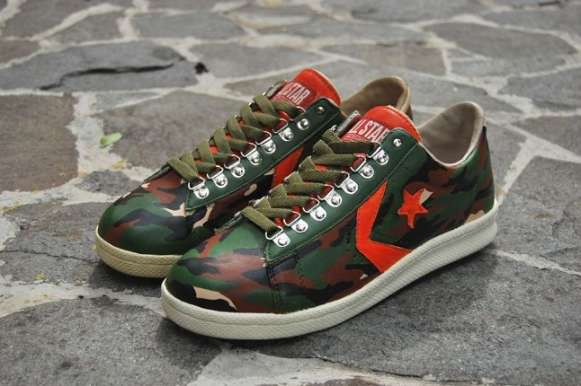 Converse Pro Leather 76 Full Camo Angle 1