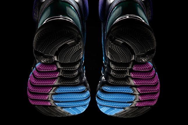 Crazyquick Black Purple Teal Hero Sole Profile 1