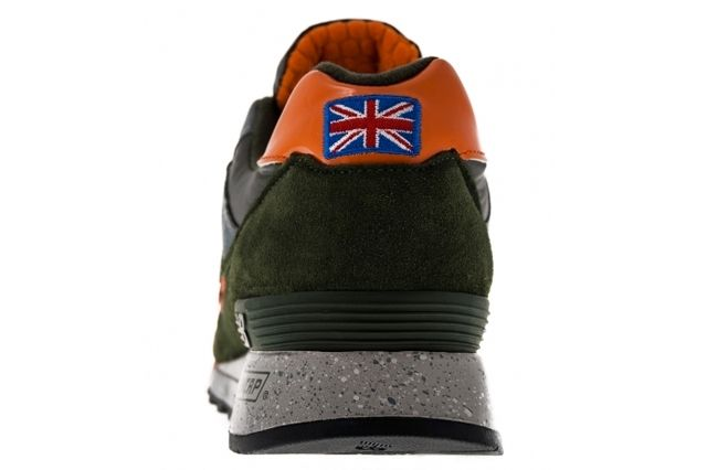 New Balance M577 Moo Orange Black Heel