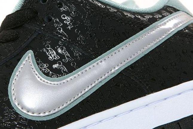 Nike Dunk Sb Spot Lance Mountain Swoosh Detail 1