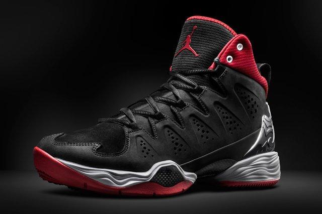 Air Jordan Melo 10 Red Black Angle