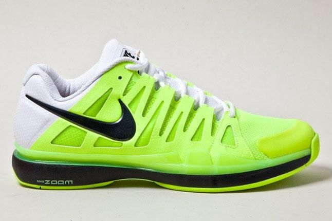 Nike Vapor Tour 9 Volt Side 1