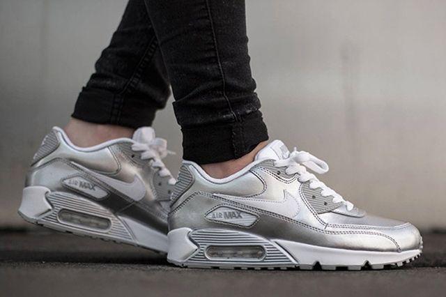 Nike Air Max 90 Metallic Silver 2