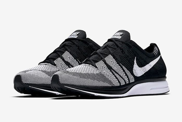 Nike Flyknit Trainer Oreo Black White 1