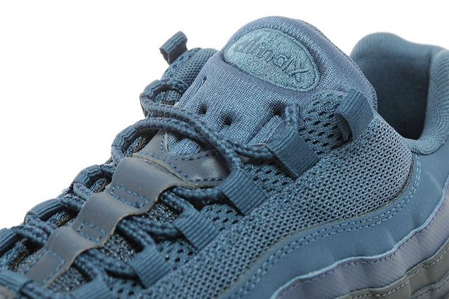 Nike Air Max 95 Jd Sports Exclusive Squadron Blue1