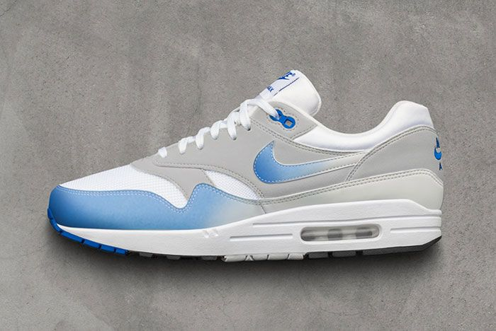 Nike Air Max 1 Color Change Feature