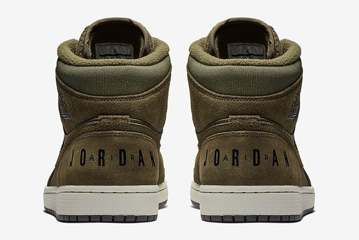 Air Jordan 1 Fleece Tongue 4