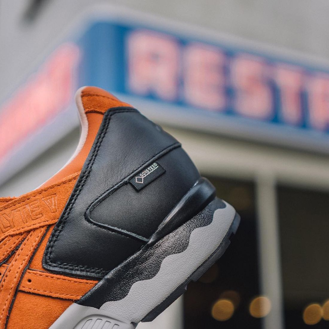 Packer Shoes X Asics Gel Lyte V Costanza2