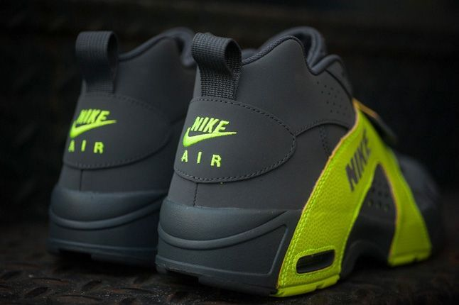 Nike Air Veer Volt 2