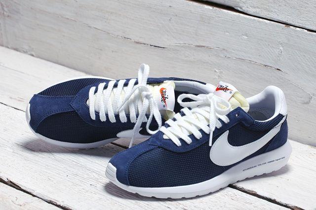 Fragment Nike Roshe Run Bump 9
