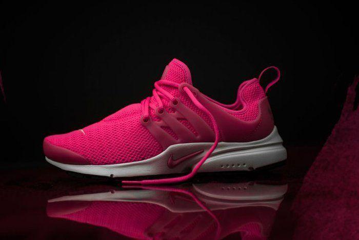 Nike Air Presto Wmns Hyper Pink3