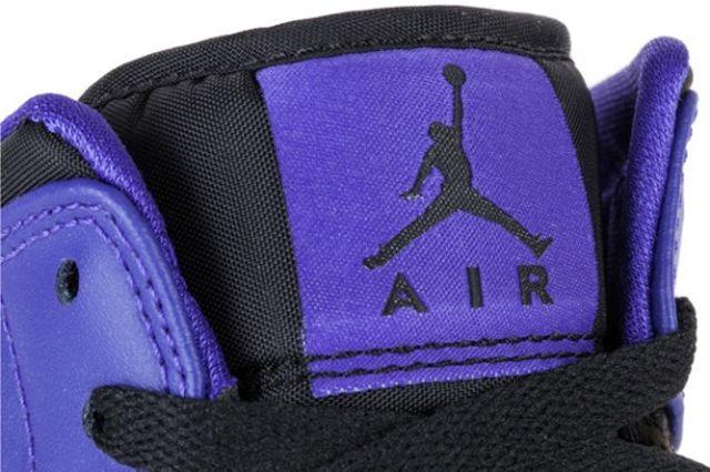 Air Jordan 1 Mid Black Dark Concord 1