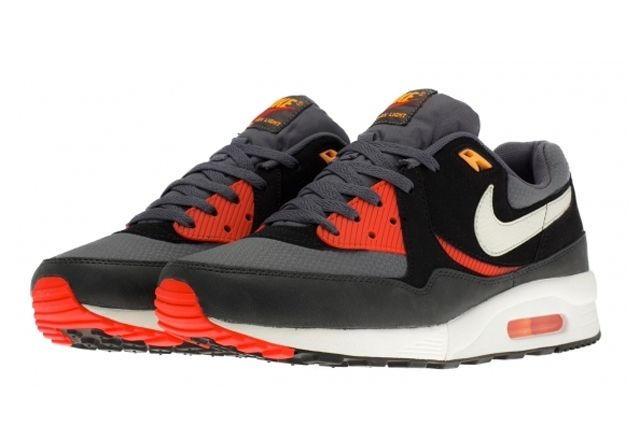 Nike Air Max Light Black Pine 6
