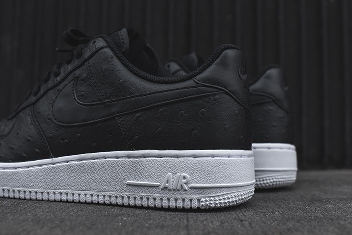 Nike Air Force 1 07 Lv8 Black Ostrich 3