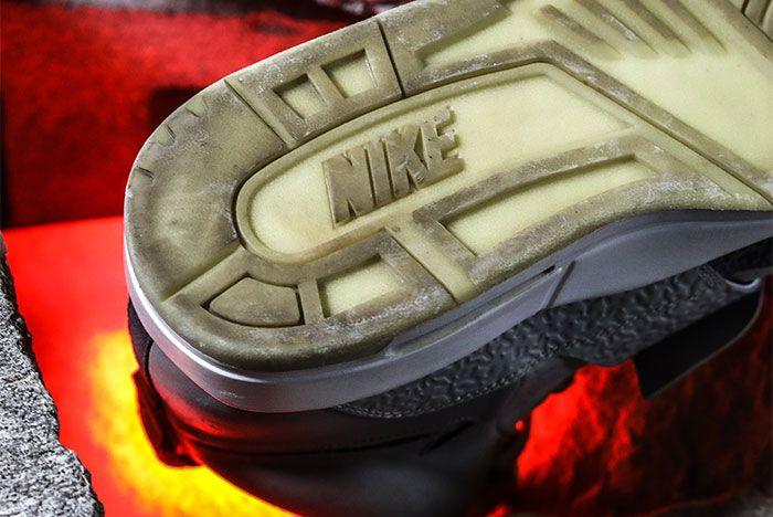 Nike Air Yeezy 2 heel