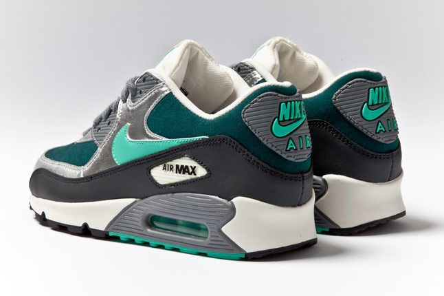 Nike Air Max 90 Womens Silver Mint Teal Heels 1