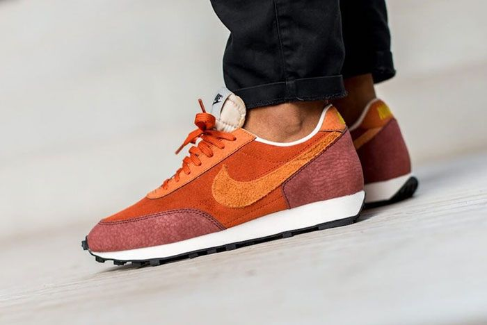 Nike Daybreak Rugged Orange Cu3016 800 On Foot Slanted