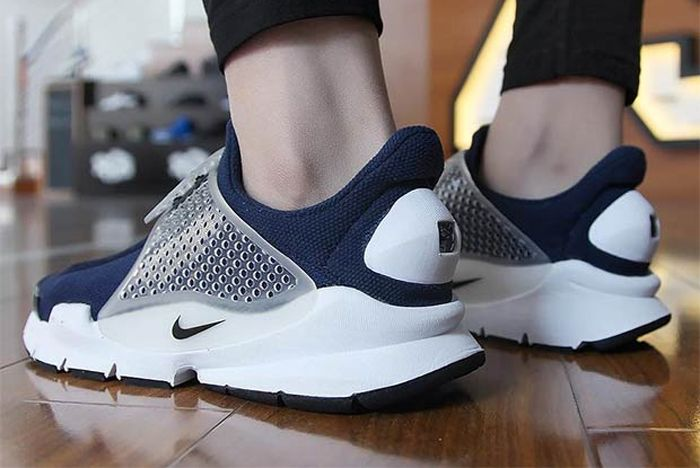 Nike Sockdart Obsidian 1