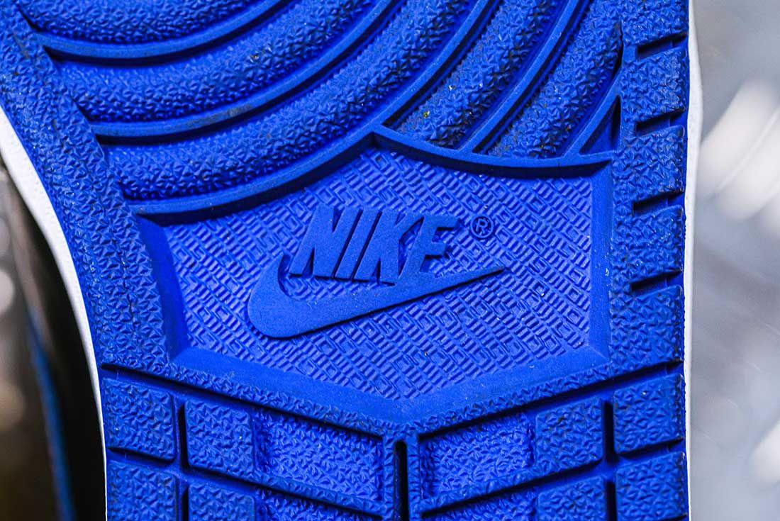Nike Dunk Versus Air Jordan 1 Comparison 21