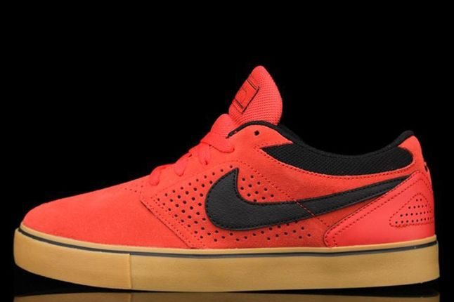 Nike Sb P Rod 5 Lr Hyper Red Profile 1