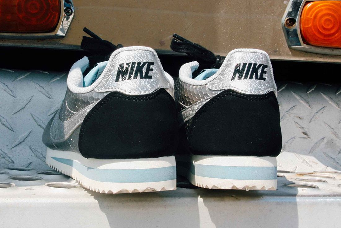 Nike Cortez Womens Metallic Silver 8