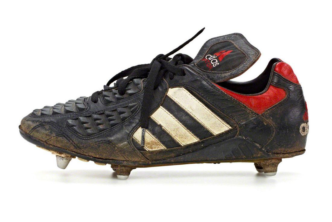 Material Matters Football Adidas Predator