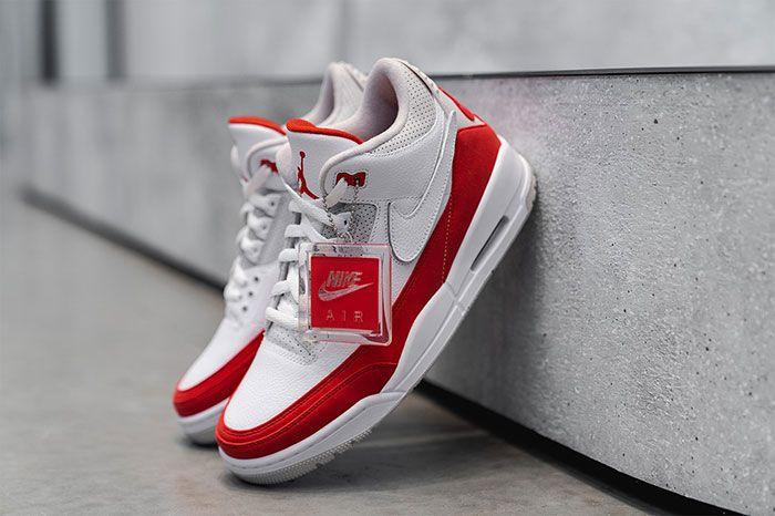 Air Jordan 3 Tinker Nike Air Max 1 Closer Look Quarter