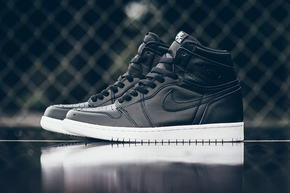 Cyber Monday Aj1 Feature