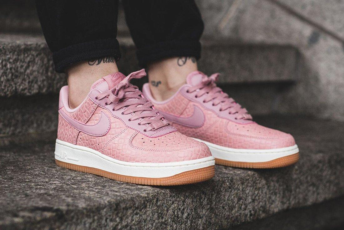 Nike Air Force 1 07 Wmns Pink Glaze12
