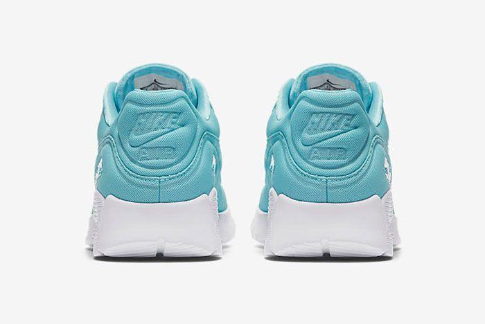 Nike Air Max 90 Plush 14
