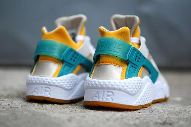 Nike Air Huarache Tealgold