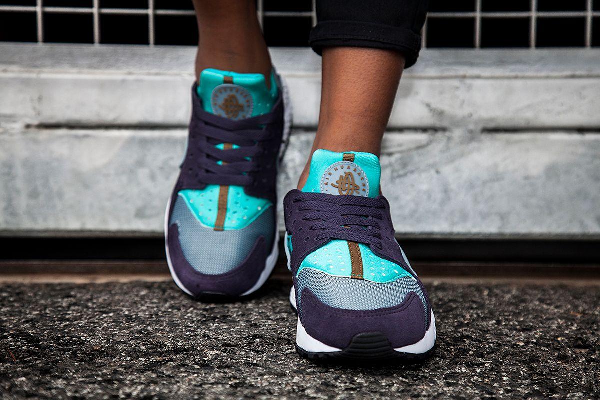 Nike Air Huarache Purple Teal 3