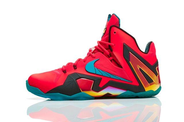 Nike Basketball Elite Series Hero Collection 5