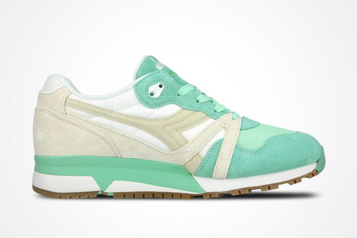 Diadora Nylon Feature