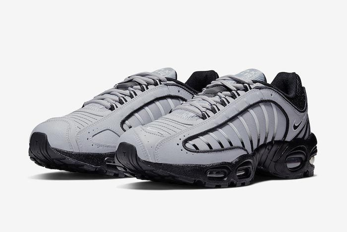Nike Air Max Tailwind 4 Black Grey Pair