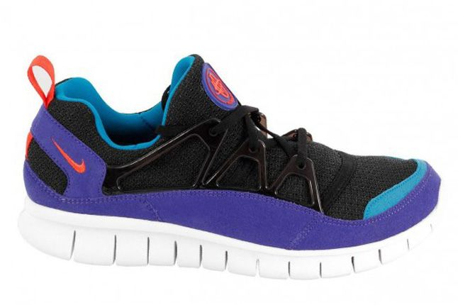 Nike Free Huarache Light Side Profile 1