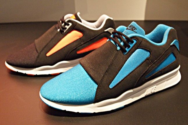 Nike Current Blue 2