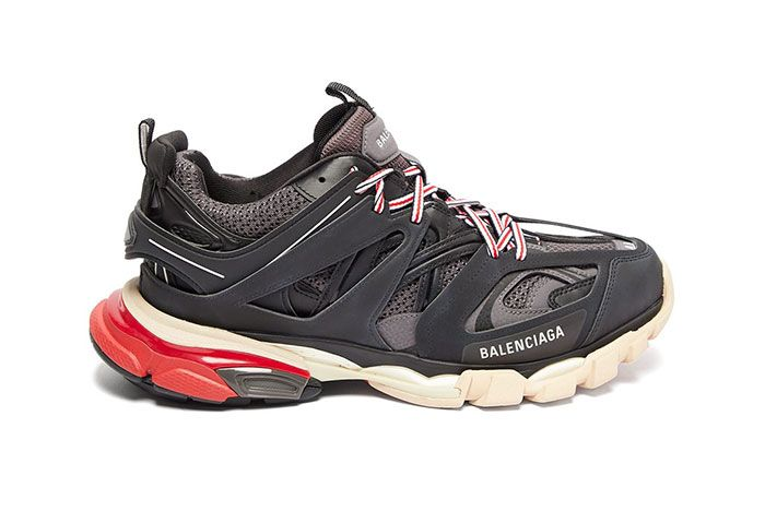 Balenciage Track Sneaker Black Lateral