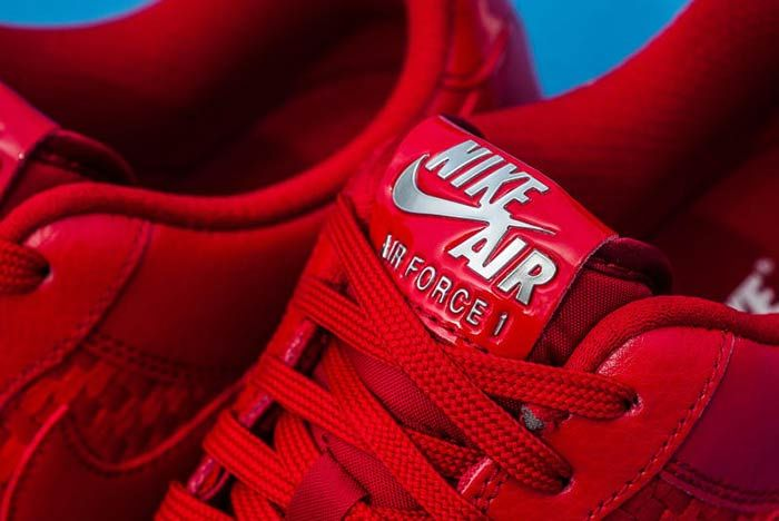 Nike Air Force 1 Woven Low 5