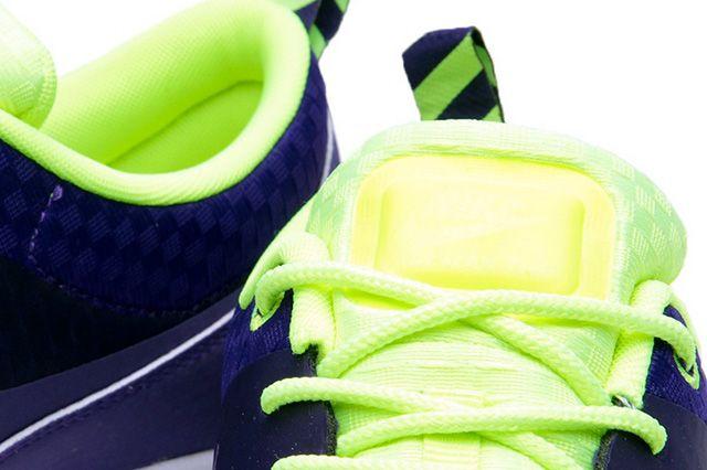 Nike Air Max Thea Woven Qs Pack Electric Purple 4