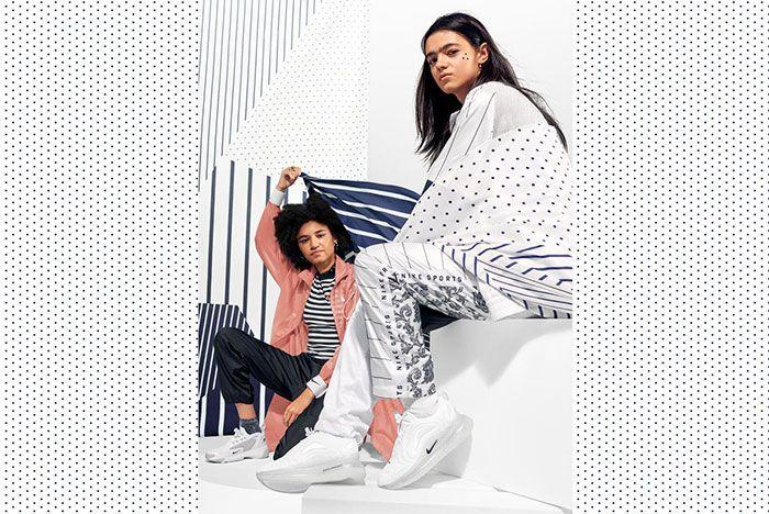 Nike Unite Totale Air Max 720 2