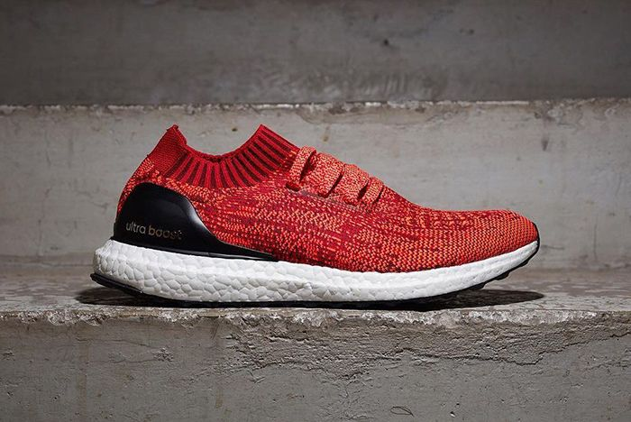 Adidas Ultra Boost Uncaged Red2