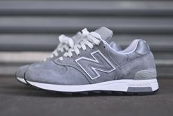 New Balance 1400 Grey Silver Thumb