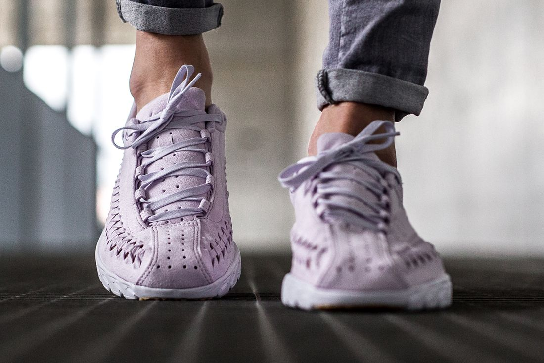 Nike Mayfly Woven Womens Pastel Pack 14