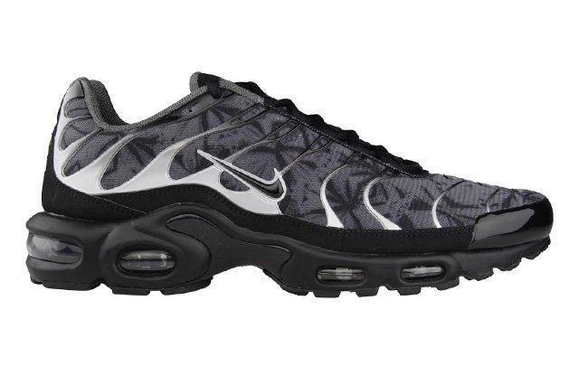 Nike Air Max Plus Black Grey Camo