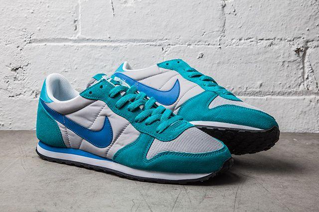 Nike Sierra Sunset Turbo Green Military Blue 1